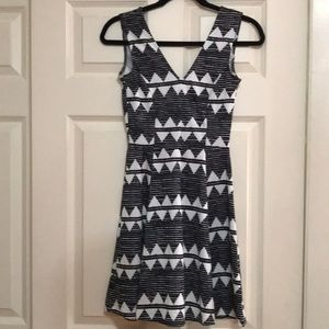 H&M Zigzag Pattern Dress